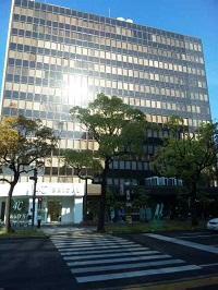 center_building1.jpg